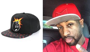 """3b5aecba47363 El término """"snapback"""" es argot urbano para una gorra de visera plana  ajustable. Son una gran tendencia en moda urbana hip-hop. El estilo se  extendió por ..."""